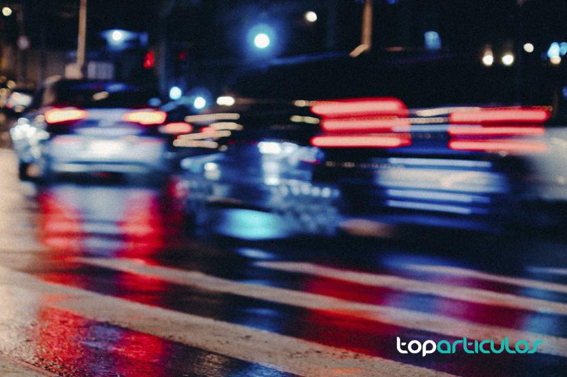 Pon toda tu atención en la carretera y evita accidentes