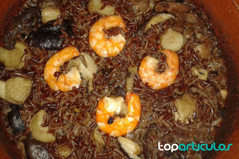 Receta de arroz rojo con langostinos