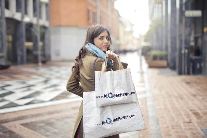Chica de Merchandising